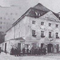 Karlovy Vary - Becherovo divadlo