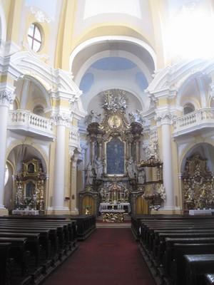 interiér barokního kostela - říjen 2011