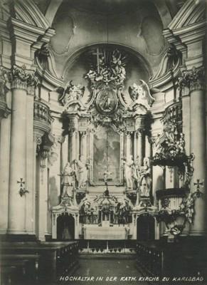 interiér kostela sv. Máří Magdalény v době před rokem 1945