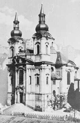 kostel sv. Máří Magdalény v roce 1943